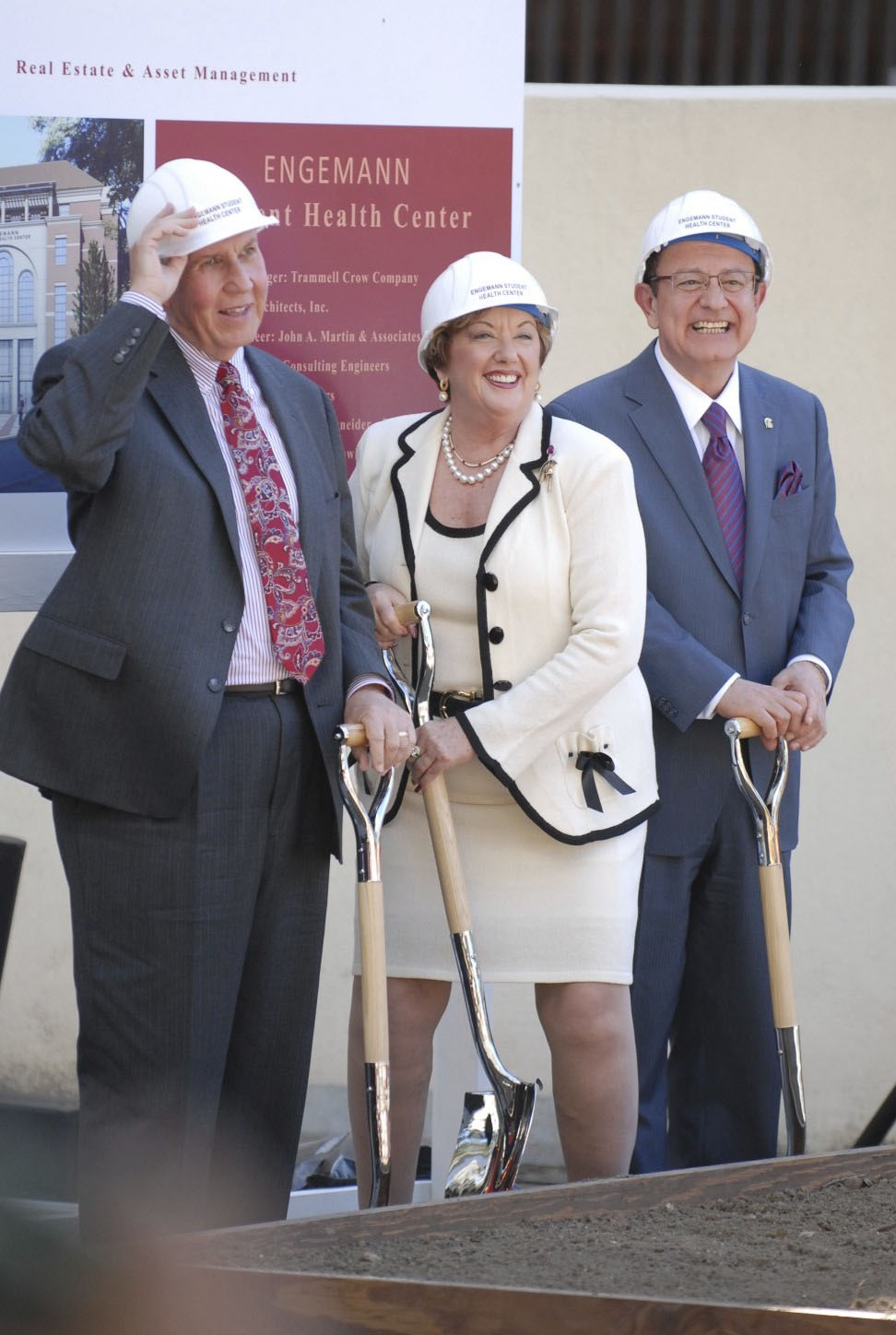 Engemanns and President Nikias at 2011 groundbreaking for the new health center
