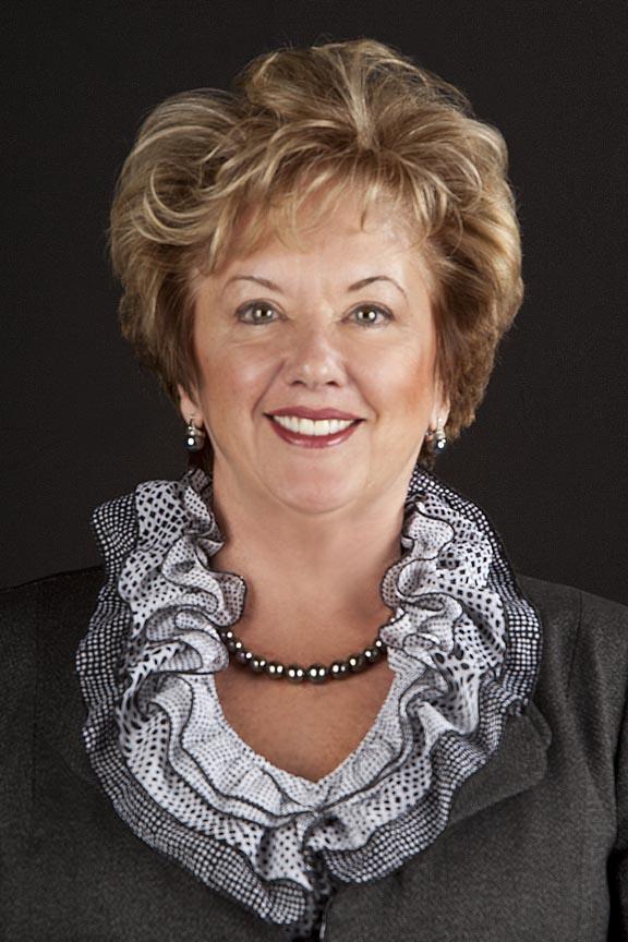 Michele Dedeaux Engemann elected to USC Board of Trustees | USC News