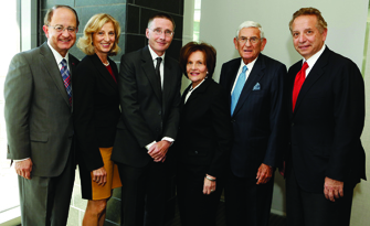 From left, USC President C. L. Max Nikias and wife Niki C. Nikias, Andrew McMahon, Edythe and Eli Broad, and Keck School of Medicine Dean Carmen A. Puliafito (Photo/Steve Cohn)
