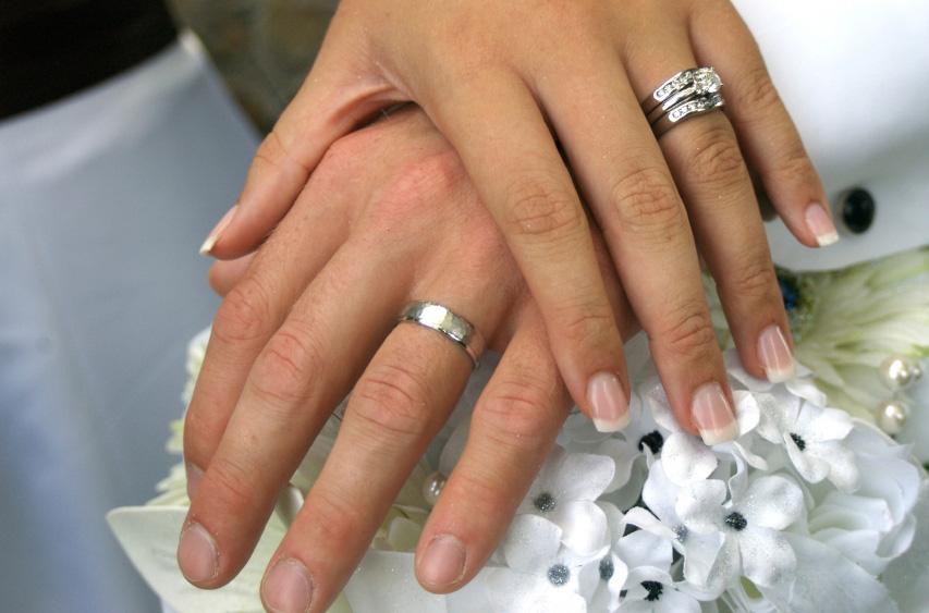 diamond springs jewish single men Diamond engagement rings –  engagement rings of unique designs, unusual men's rings, and rare russian demantoid and siberian amethyst jewelry.
