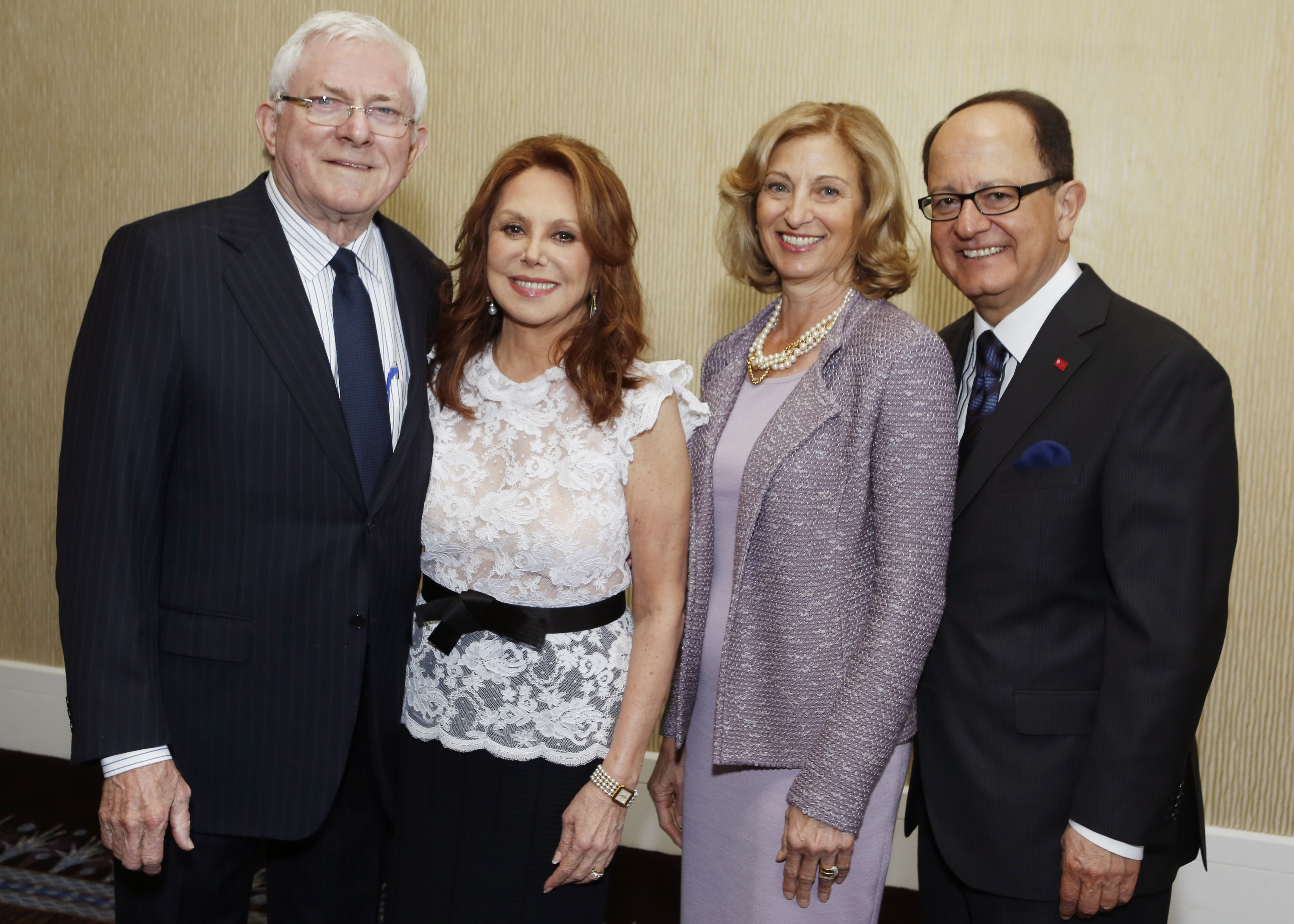 Nikiases and Marlo Thomas honored by Town and Gown - USC News