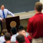 Retired Gen. David Petraeus addresses ROTC students during his recent tour of USC. (USC Photo/Dietmar Quistorf)