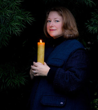 Deborah Harkness breathes life into the mysteries of the past by embroidering fiction onto gaps in the historical record. (Photo/John Livzey)