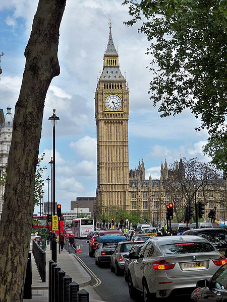 Big Ben towers over London's traffic. (Photo/Joseph Plotz)