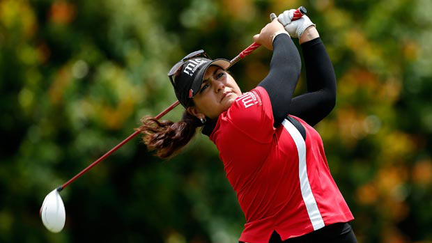USC Dornsife alumna Lizette Salas watches her tee shot on the 16th hole during the first round of the HSBC Women's Champions at the Sentosa Golf Club in Singapore. (Photo/Scott Halleran/Getty Images)