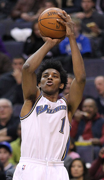 Nick Young takes a shot for the Washington Wizards. (Photo/Keith Allison)