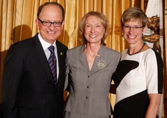 USC President C. L. Max Nikias, USC Roski Dean Erica Muhl and Provost Elizabeth Garrett (USC Photo/Steve Cohn)
