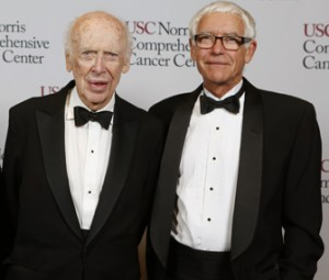 "Nobel laureate James Watson and USC professor Peter Jones, the ""founding fathers"" of genetics and epigenetics, respectively (USC Photo/Steve Cohn)"