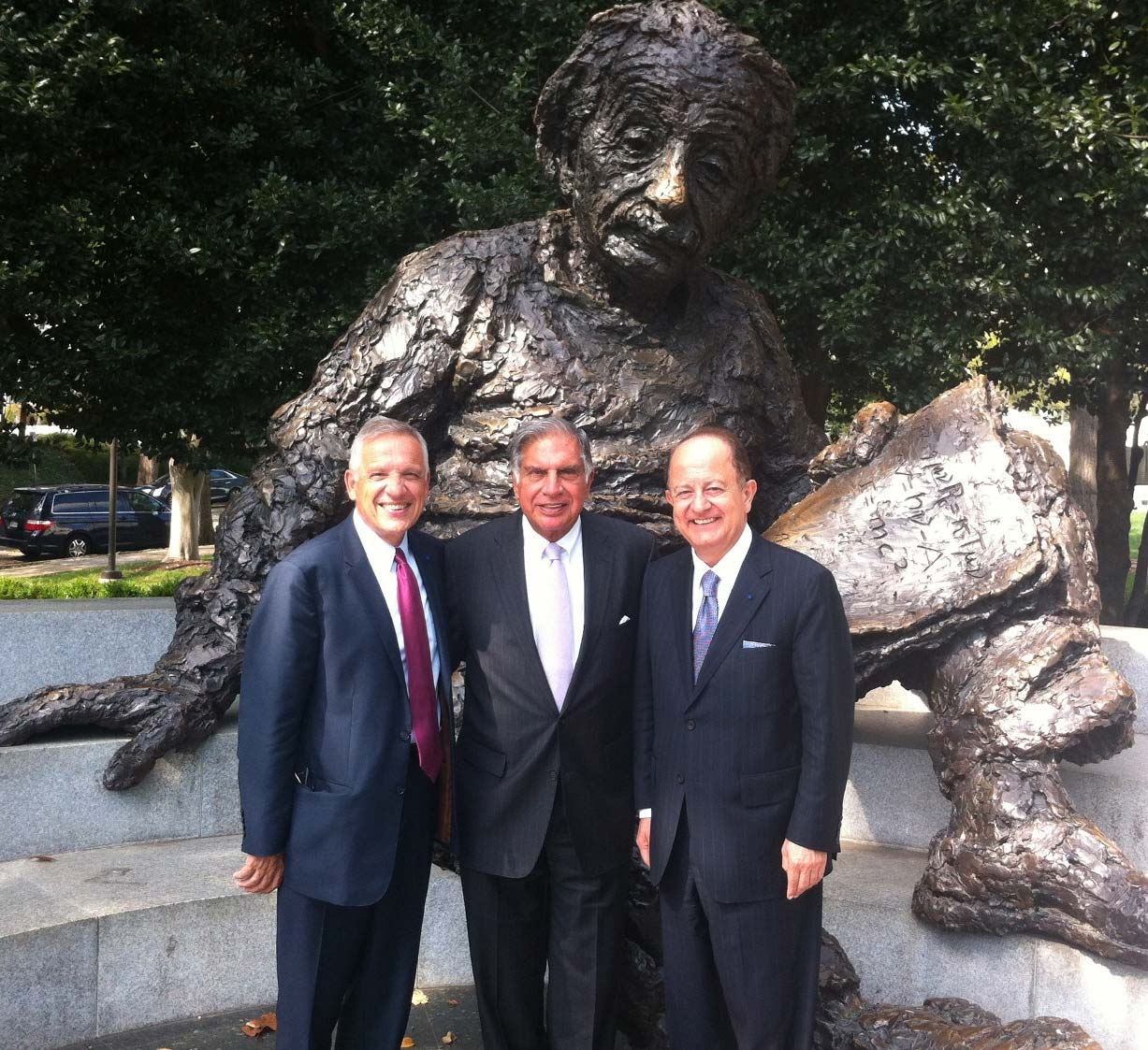 Ratan N. Tata flanked by Dean Yannis C. Yortsos and USC President C. L. Max Nikias in Washington, D.C.