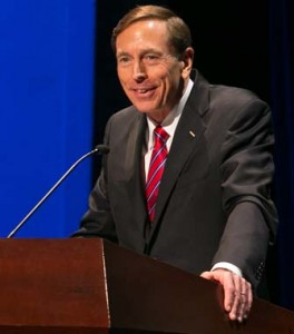 "Petraeus says ""there is a clear and critical need for the right transition programs"" for veterans. (USC Photo/Tom Queally)"