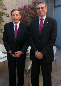 Gen. David Petraeus and USC Gould Dean Robert K. Rasmussen (USC Photo/Tom Queally)