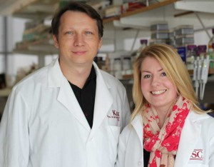 USC scientist Krzysztof Kobielak and postdoctoral fellow Eve Kandyba (Photo/Cristy Lytal)