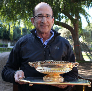 Richard Shapiro holds Native Diver's Gold Cup