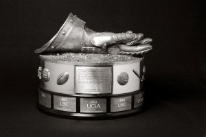 gauntlet trophy