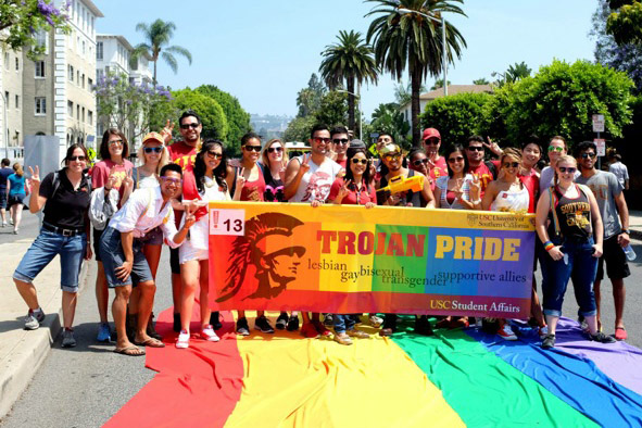 Show Support Parade 2014 Usc Trojans At News - La's Their Pride