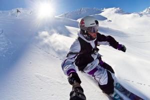 Caleb Farro skis