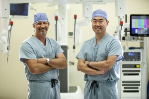 surgeons Jeff Hagen and Daniel Oh