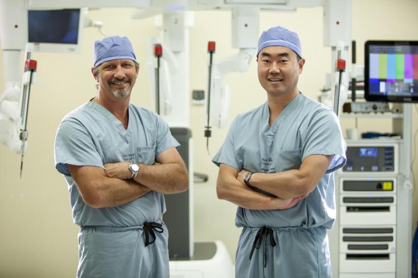 surgeons Jeff Hagen and Daniel Oh