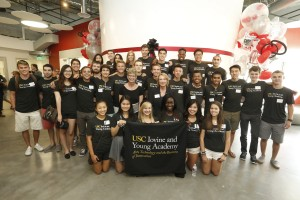 The inaugural class of the USC Iovine and Young Academy visits The Garage for the first time. (USC Photo/Steve Cohn)