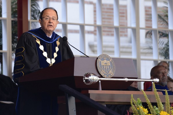 President Nikias welcomes a new class of Trojans. (USC Photo/Gus Ruelas)