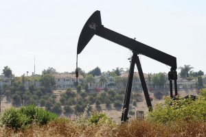 Baldwin Hills oil well