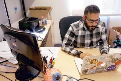 Professor Robert Hernandez at work