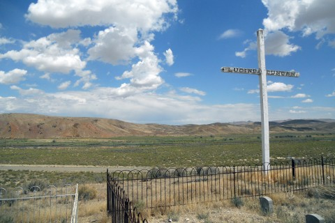 The grave marker of emigrant Lucinda Duncan on the Overland Trail just outside Beowawe, Nevada.
