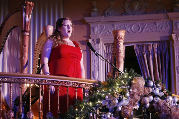 Opera Student performing at The Dickens Dinner