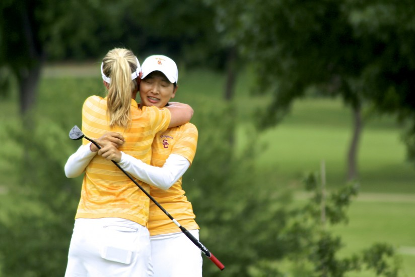 Doris Chen hugged by Sophia Popov