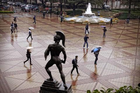Tommy Trojan in the rain