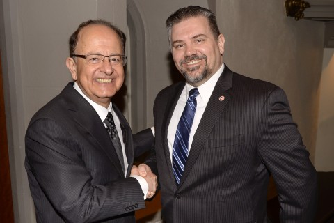 USC President C.L. Max Nikias, left, and USC Staff Assembly President David Donovan 2015