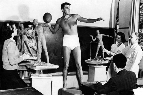 Ronald-Reagan-poses-for-a-sculpture-class-at-USC-
