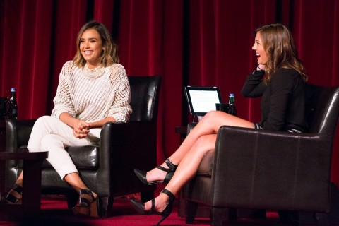 Jessica Alba chats with  Savannah Roach. (Photo/William Vasta)