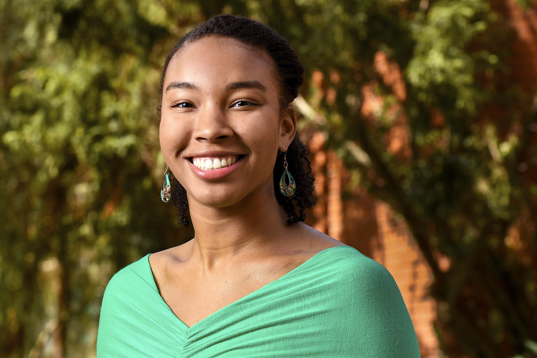 salutatorian carrie moore recalls a journey of self-discovery - usc news