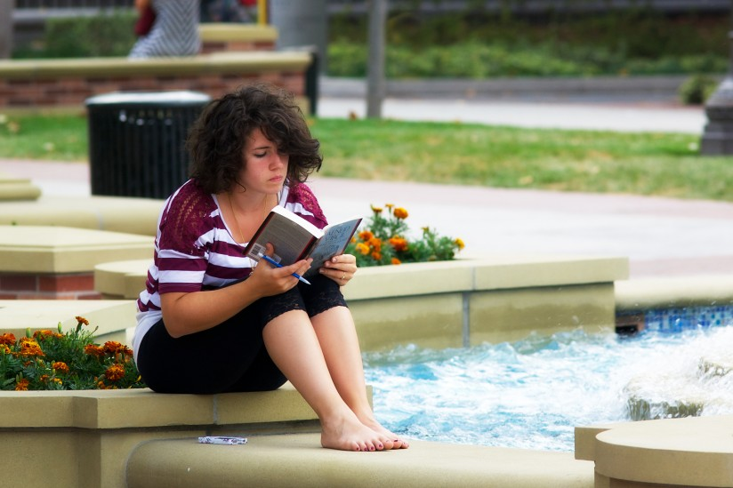 USC summer reading list: Student reading