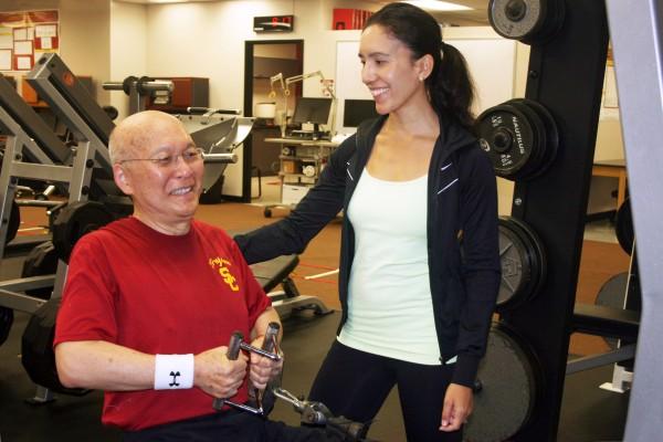 Rod Shingu and doctoral student Jackie Kiwata. (Photo/Hope Hamashige)