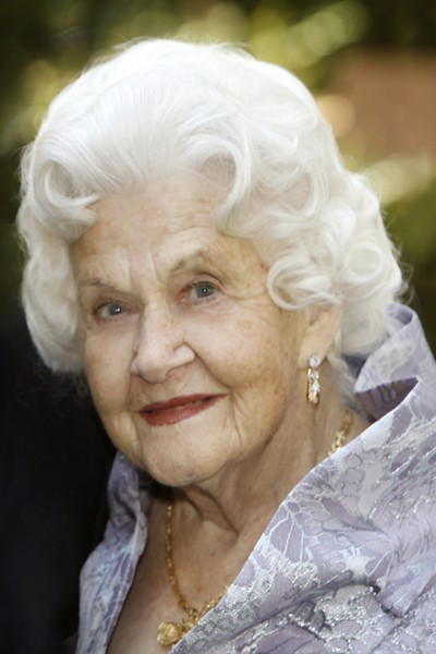 Elaine Otter Leventhal was a philanthropist, volunteer and namesake of the USC Elaine and Kenneth Leventhal School of Accounting. (Photo/Courtesy of the Leventhal family)