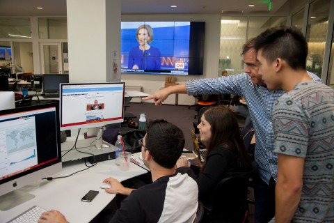 USC Annenberg Professor Matthew LeVeque using Twitter