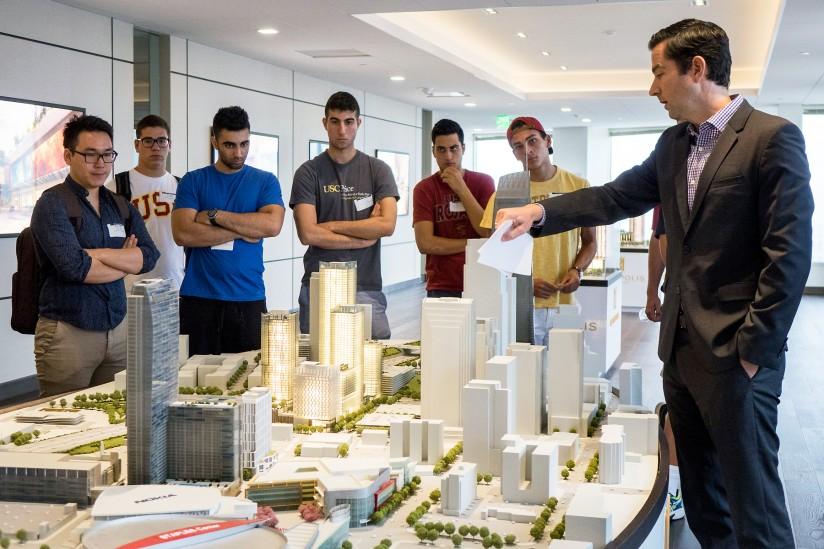Real Estate Develpoment : Usc price real estate program receives support news