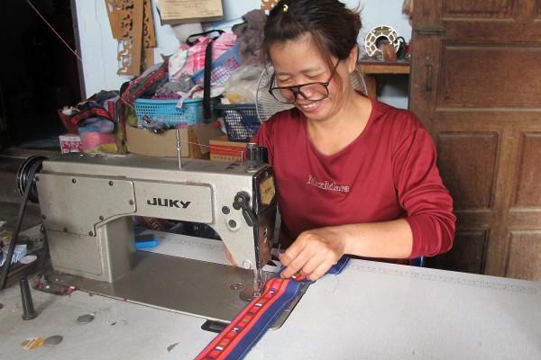 local artisan, Thailand, trade monkey