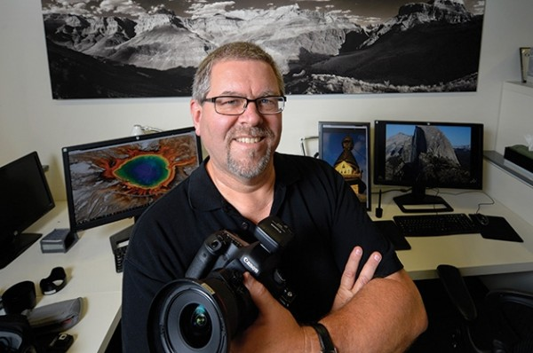USC professor Eric Hanson creates digital images that are 1,000 times more detailed than what a conventional camera captures. Photo by Gus Ruelas