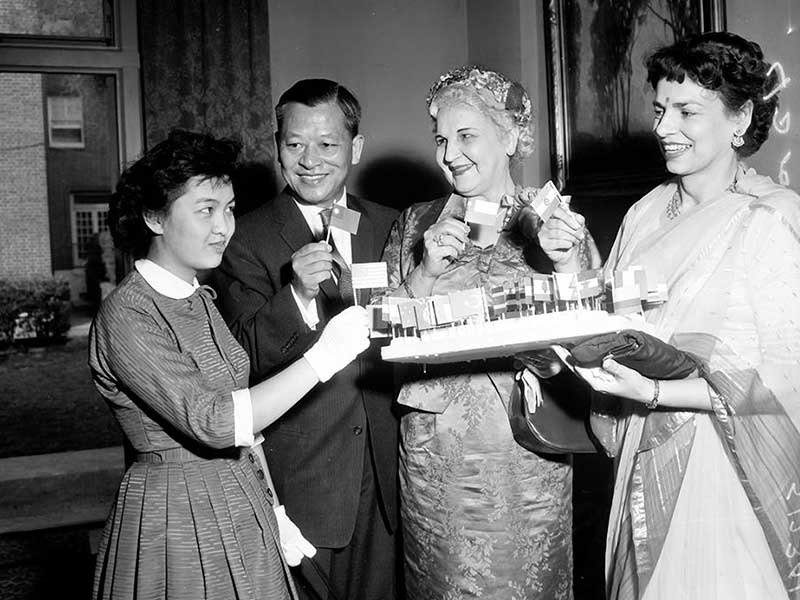 Professional_Womens_Club_Intl_tea_1958_RT_web