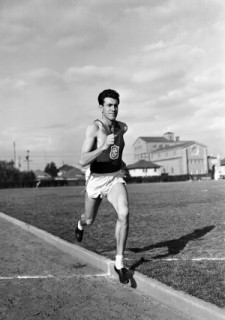 Louis Zamperini '40