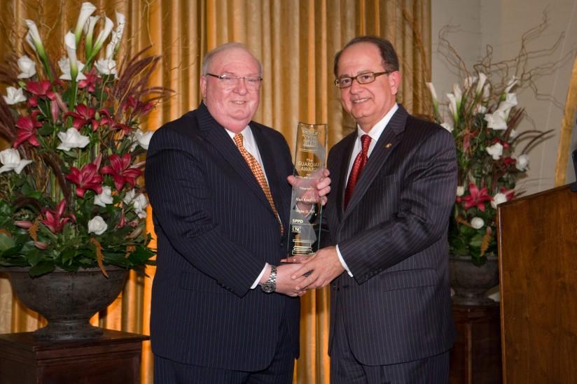 Alan Kreditor and President Nikias