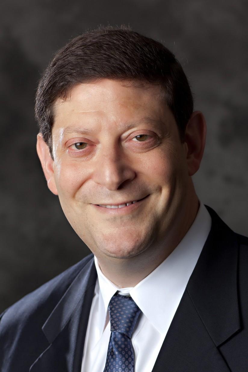 Viterbi professor Alan Willner