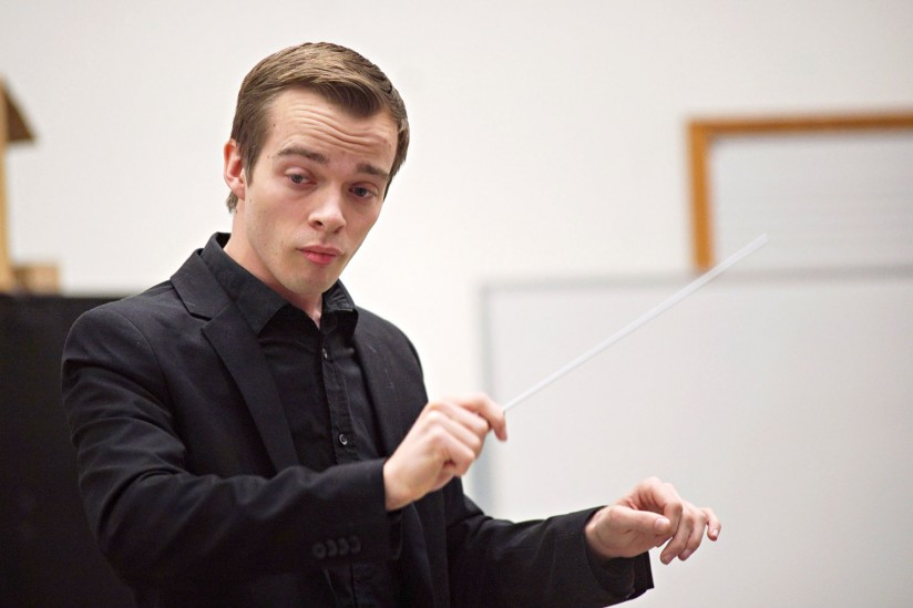 Ryan Lindveit conducting