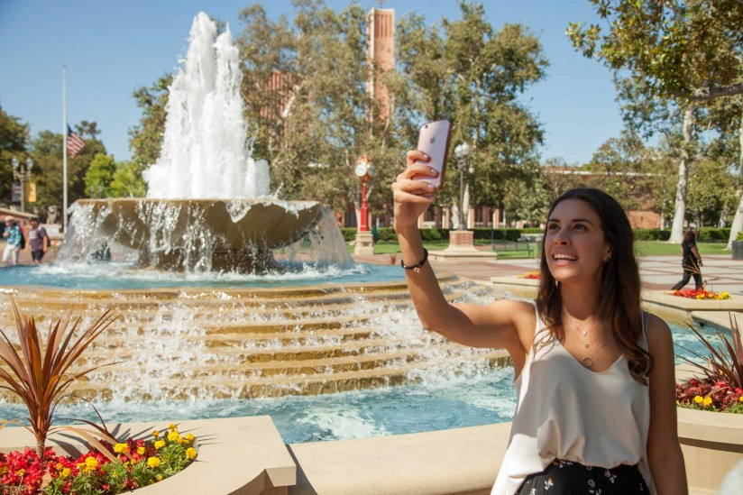 Monica Trigos, a participant in the USC Center on Public Diplomacy Summer Institute, took part in a workshop covering use of video in social media. (USC Photo/Brett Van Ort)