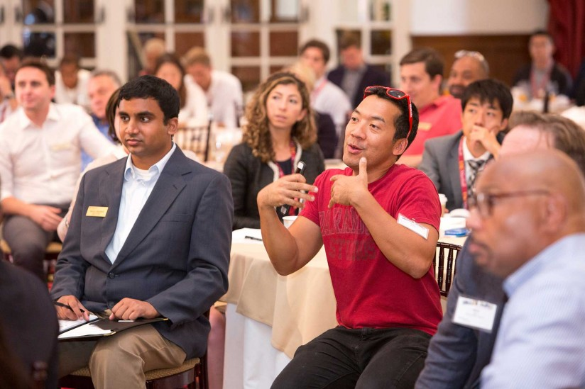Kevin Winston, CEO of Digital LA, interacts with a panelist at Silicon Beach@USC at Town & Gown (Photo/Brian Morri)