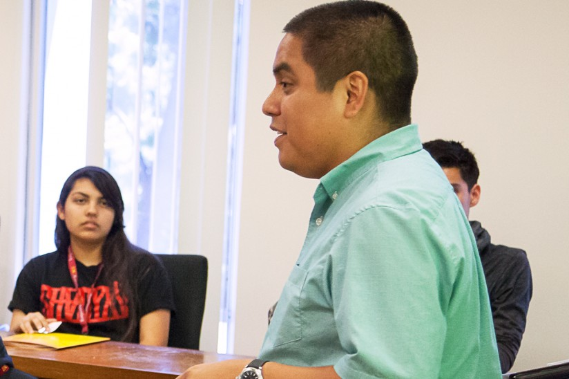 Jaime Carias with students