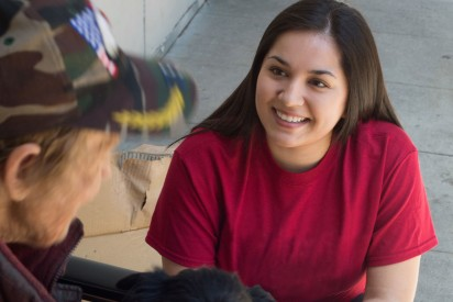 USC student working with homeless population